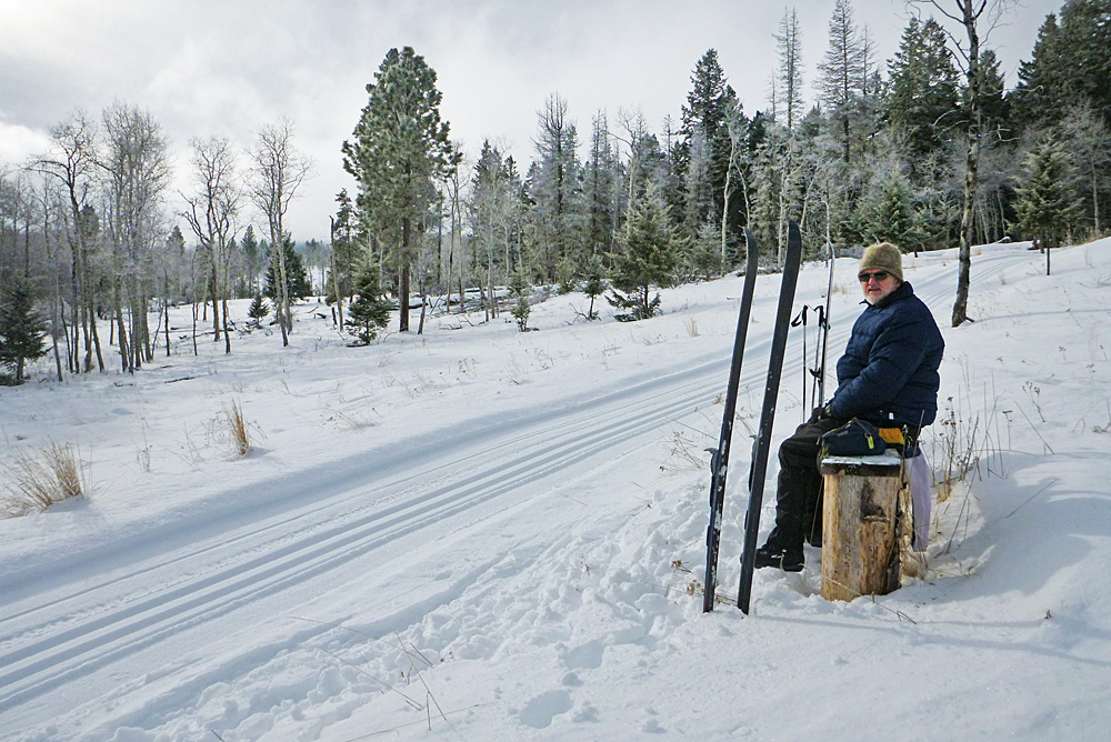 Lunch at one of the benches along the Hill's Homestead loop. Great views and great skiing. Photo: © Andrea Lawrence